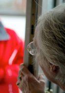 Truffe agli anziani: come prevenirle